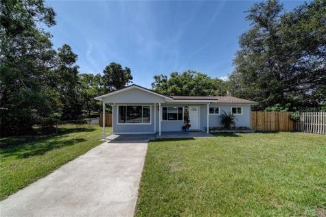 1295 Lakeview Road Clearwater FL 33756