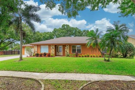 5385 Jade Circle Belle Isle FL 32812
