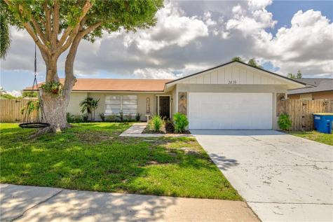2455 Timbercrest Circle W Clearwater FL 33763