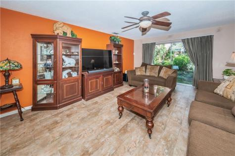 11 Jennifer Court Dunedin FL 34698