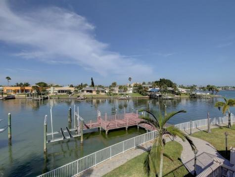 886 Harbor Island Clearwater Beach FL 33767