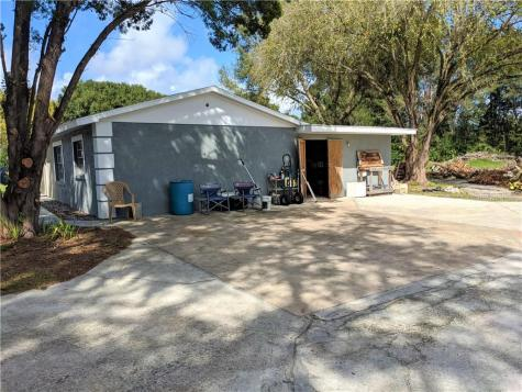 6411 18th Avenue E Bradenton FL 34208