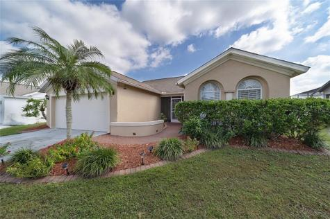 4832 11th Ave Circle E Bradenton FL 34208