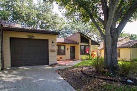 2101 Sunset Point Road Unit: 306 Clearwater FL 33765