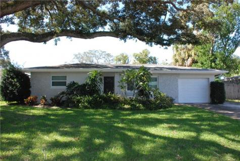 2028 Dunston Cove Road Clearwater FL 33755