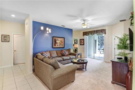 860 Sussex Drive Davenport FL 33896