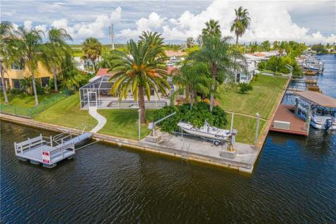 12516 5th Isle Hudson FL 34667