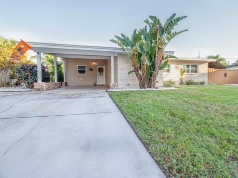 1329 Stratford Drive Clearwater FL 33756