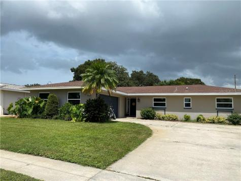 1630 Eden Court Clearwater FL 33756