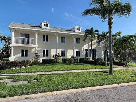 310 Harbor Passage Clearwater FL 33767