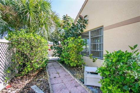 3611 57th Avenue Drive W Unit: 38 Bradenton FL 34210