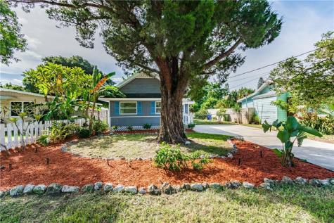 2307 20th Avenue W Bradenton FL 34205