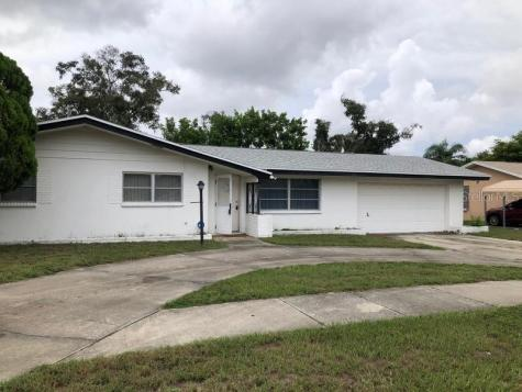 1530 Lakeview Road Clearwater FL 33756