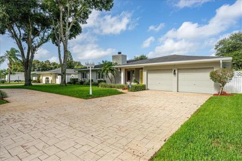 1332 Irving Avenue Clearwater FL 33756