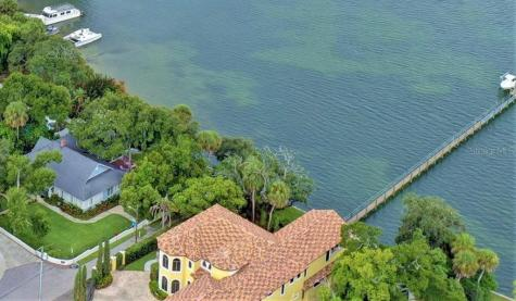 305 Spring Court Clearwater FL 33755