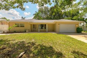 1115 Woodside Avenue Clearwater FL 33756