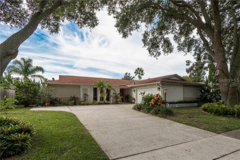 2567 Winding Wood Drive Clearwater FL 33761