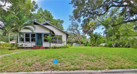 2221 13th Avenue W Bradenton FL 34205